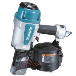 Makita - AN902 Clavadora neumática 90mm